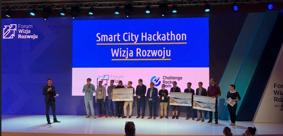 Laureaci Smart City Hackathon